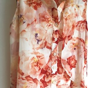 BCBGeneration Tops - BGBGeneration Red/Peach Flower Blouse
